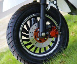 Обзор и технические характеристики электрического скутера ElWinn EM- 2160