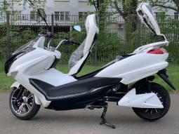 Макси скутер Yamaha Majesty или ElWinn EM-3000 Одесса