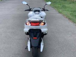 Макси скутер Yamaha Majesty или ElWinn EM-3000 Харьков