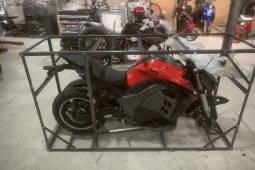 Электрический мотоцикл Kawasaki Ninja 1000 красного цвета отправка заказчику