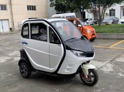 электро автомобиль с тремя колесами Elwinn X2